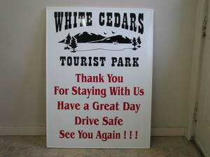 <b>White Cedars</b>