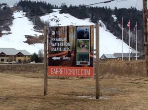<b>Barrett Chute 8x8</b>