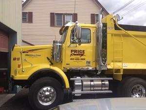 <b>Price Trucking</b>